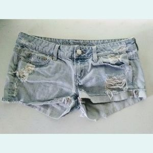 🌼🌼 American Eagle Light Wash Denim Jean Shorts